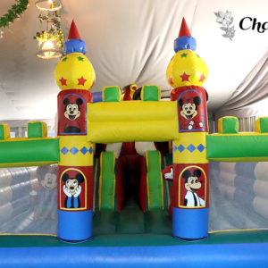 Castillo Hinchable con Animadora Infantil EnjoEat